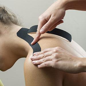 Kinesiologisches Taping gegen Rückenschmerzen
